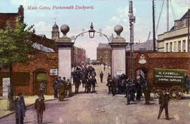 0160 Dockyard Gate