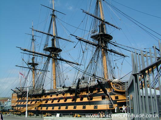 0172 HMS Victory Rigged