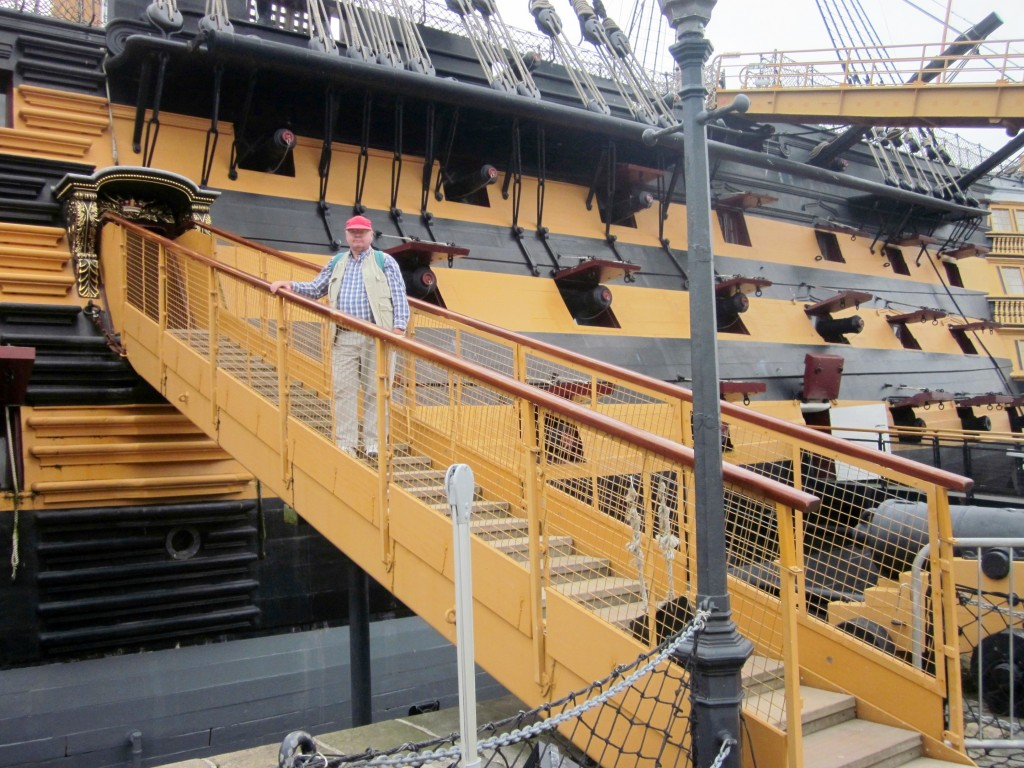 0175 HMS Victory Gangway