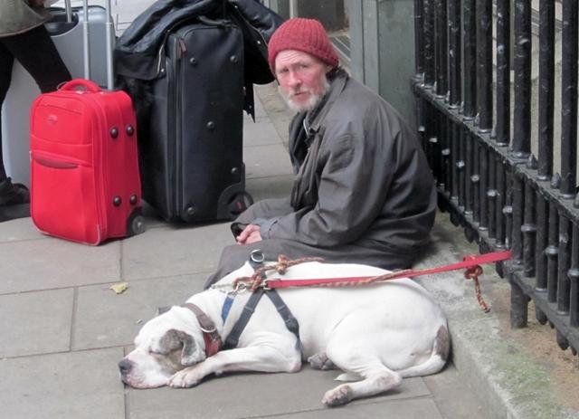 3050 London Panhandler