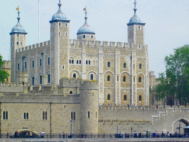 3610 Thames Tower of London