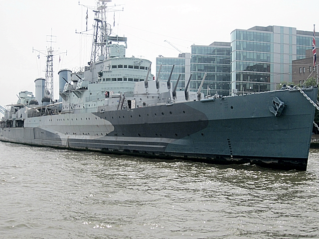 4000 Thames HMS Belfast