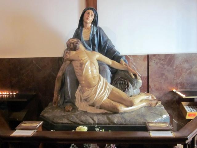 0125 Saint Silvester Pieta