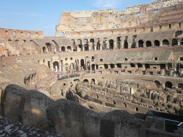 0255 Colosseum 6