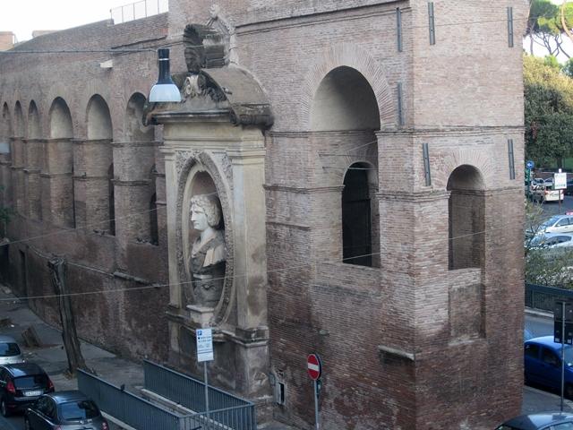 0640 Rome Wall 1