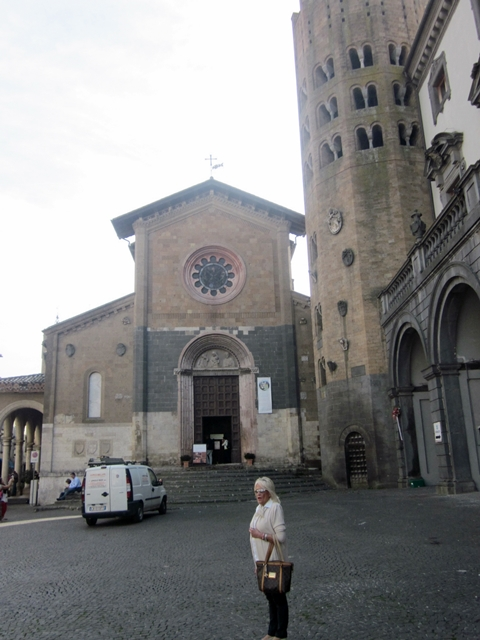 0730 Orvieto Church 1