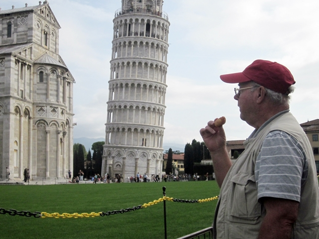 1225 Pisa Tower & Phil 2