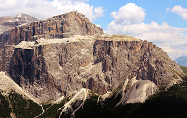 3193  Dolomite Sass Pordoi