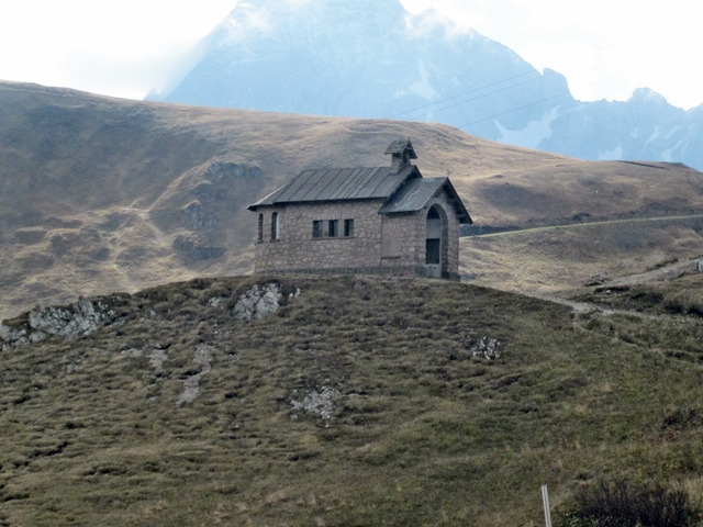 3195 Dolomite Church