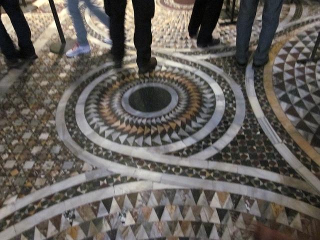 4400 Venice St Marks Floor